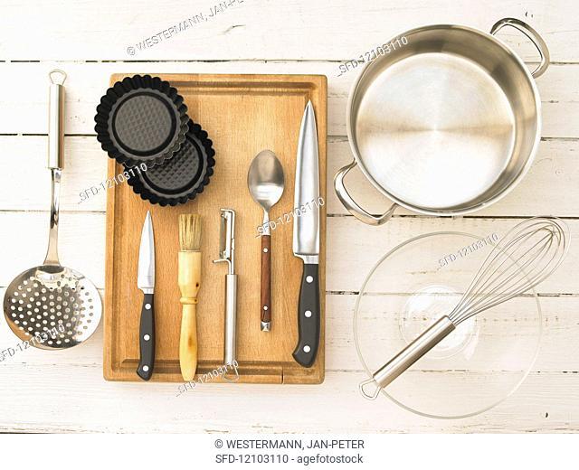 Kitchen utensils for the preparation of tartlets