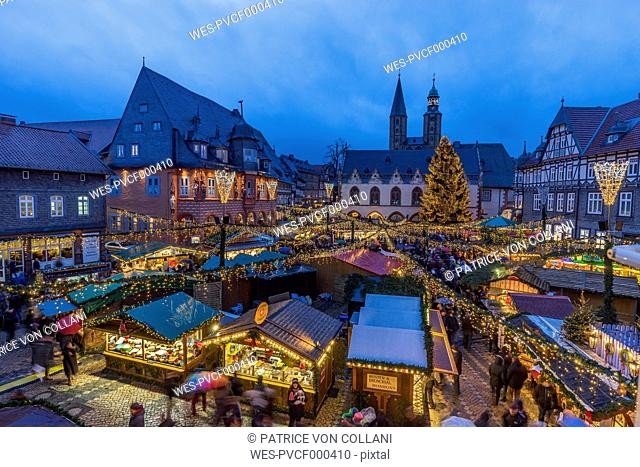 Germany, Lower Saxony, Goslar, Christmas market in the evening
