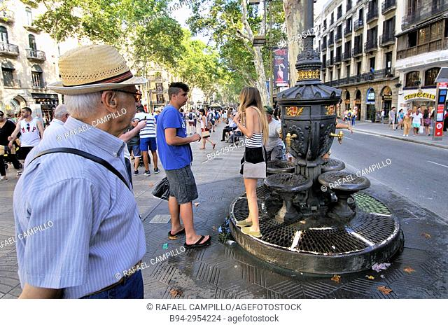 Font de Canaletes, Fuente de Canaletas, ornate fountain, crowned by a lamp post, Rambla de Canaletes, the upper part of La Rambla, near Plaça de Catalunya