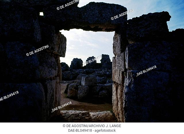 Glimpse of the Euryalus Castle, 402-397 BC, Syracuse (UNESCO World Heritage List, 2005), Sicily, Italy. Greek civilisation, Magna Graecia, 5th-4th century BC