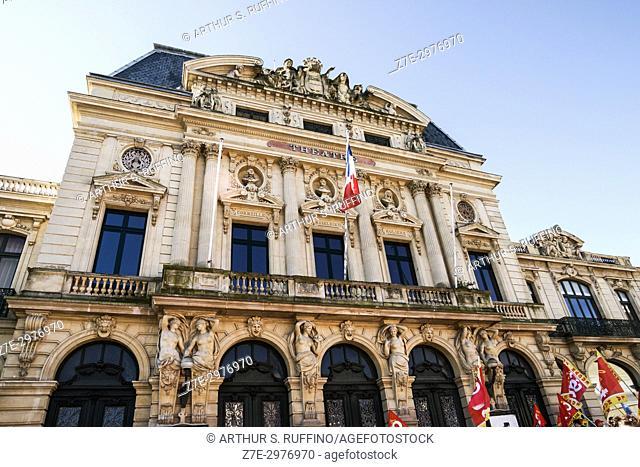 Cherbourg Theatre (Théâtre à L'Italienne), Place du Général de Gaulle. Cherbourg-Octeville, Manche Department, Normandy, France, Europe