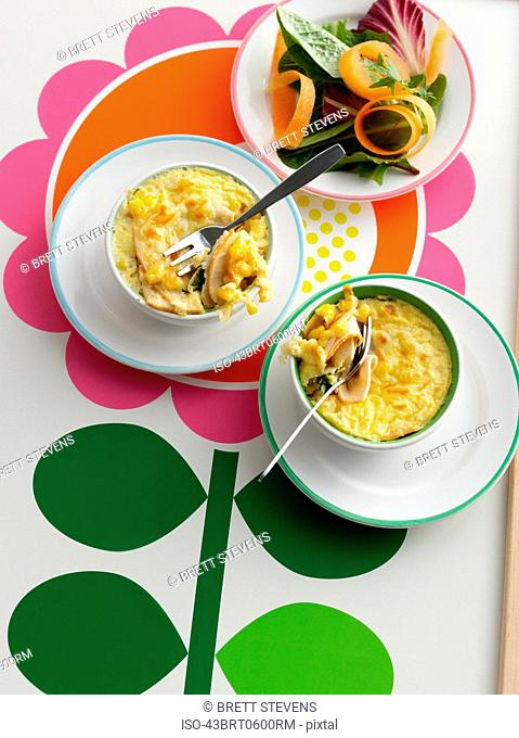 Bowls of baked macaroni and cheese