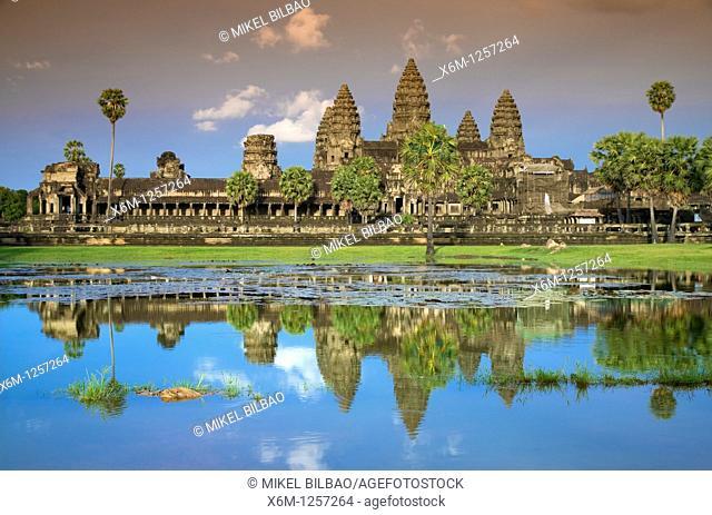 front view of Angkor Wat  Angkor temples  Cambodia, Asia