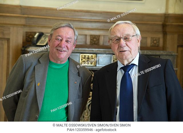Christoph BIEMANN, left, Armin MAIWALD, moderators, broadcast with the mouse, Minister President Armin Laschet honors 19 citizens of North Rhine-Westphalia for...