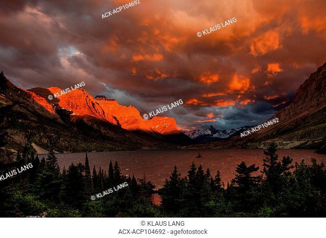 Sunrise, Saint Mary Lake, Glacier National Park, Montana, USA