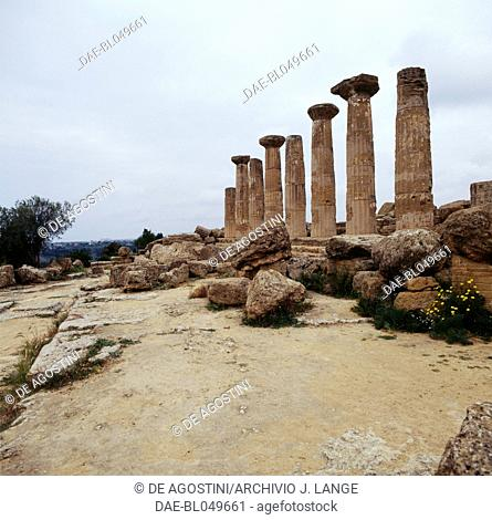 Temple of Heracles, Valley of the Temples in Agrigento (UNESCO World Heritage List, 1997), Sicily, Italy. Greek civilisation, Magna Graecia, 6th-5th century BC