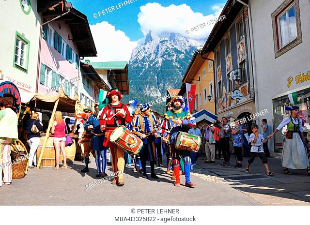 Germany, Bavaria, Isar valley, Mittenwald, Bozner market, market beating out, Middle Ages