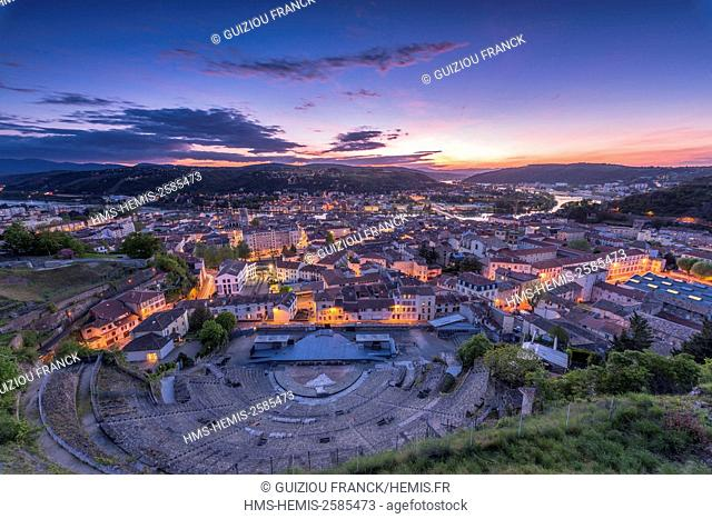 France, Isere, Vienne, Roman amphitheatre built between 40 and 50 AD on the slope of Pipet hill