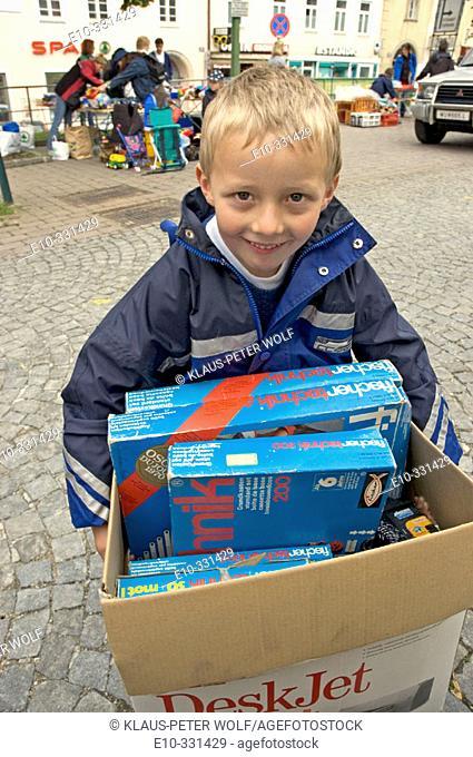 Seven year old boy found fischertechnik toy on a flea market in Klosterneuburg near Vienna. Austria