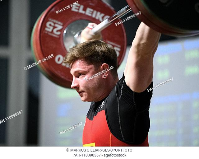 MAx Lang (Mother City) in action. GES / Wrestling 1st Bundesliga: KSV Durlach - AC Mutterstadt, 06.10.2018 Sport: 1st. German Weightlifting League: SV Durlach -...