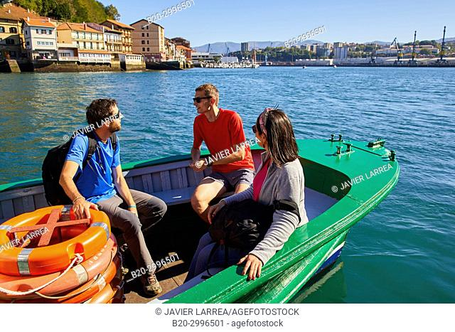 Group of tourists and guide, Boat tour, Pasai Donibane, Pasajes de San Juan, Gipuzkoa, Basque Country, Spain, Europe