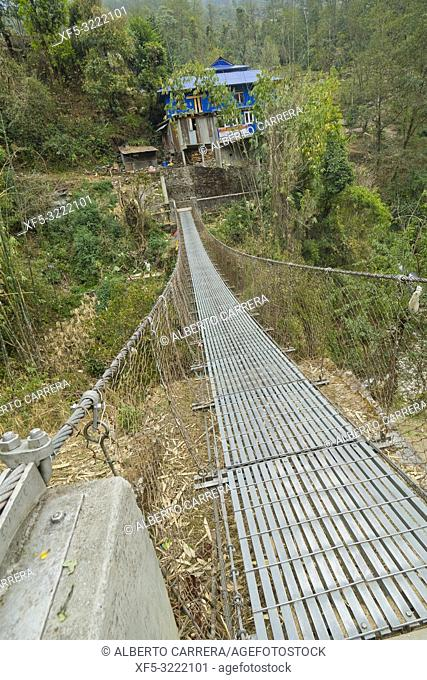 Suspension Footbridge, Trek to Annapurna Base Camp, Annapurna Conservation Area, Himalaya, Nepal, Asia