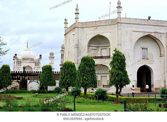 "Bibi-qa-Maqbara """"Poor Taj-Mahal"""" in Aurangabad, Maharastra, India"