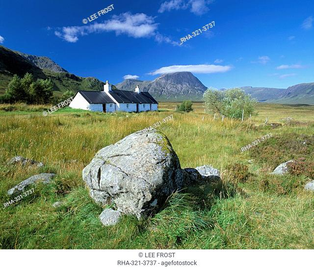 Black Rock cottage, Rannoch Moor, Western Highlands, Highland region, Scotland, United Kingdom, Europe