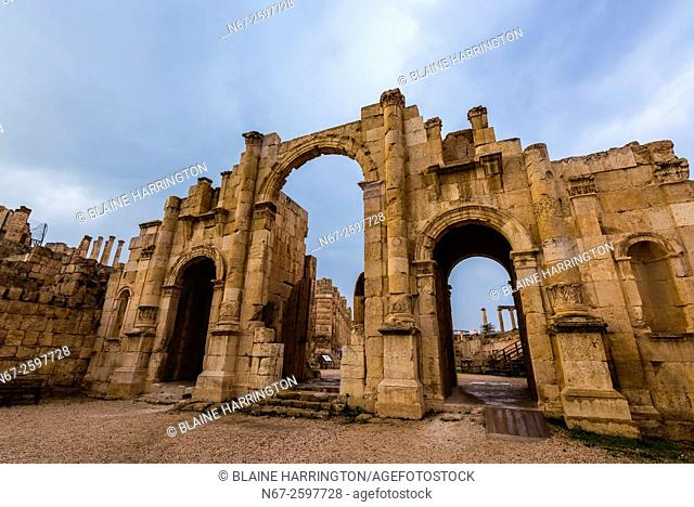 City walls and South Gate, Greco-Roman ruins, Jerash, Jordan