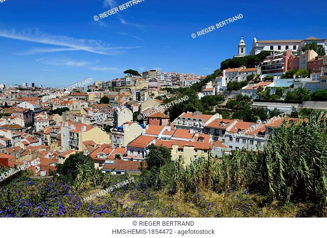 Portugal, Lisbon, Alfama district, panoramic view from the Castelo Sao Jorge (Castle of St. George), the Miradouro de Graca in the background right