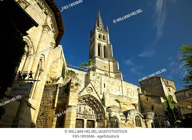 Saint-Emilion, in the Dordogne River Valley, Gironde region, Acquitaine, France, Romanesque monolithic church 'L'Eglise Monolithe' whose lower section was...