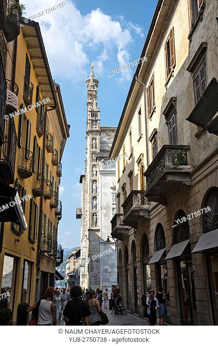 Vertical view on Como Cathedral from old narrow street, Como, northern Italy, Europe
