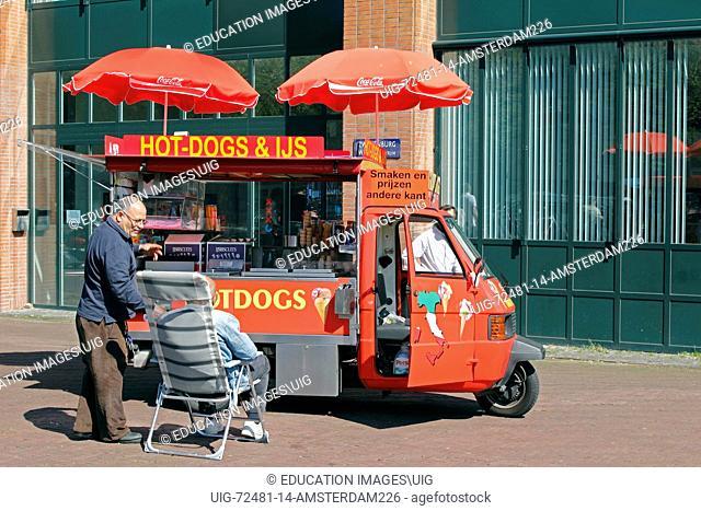 Amsterdam, hotdog and icecream vendor along the Amstel Canal