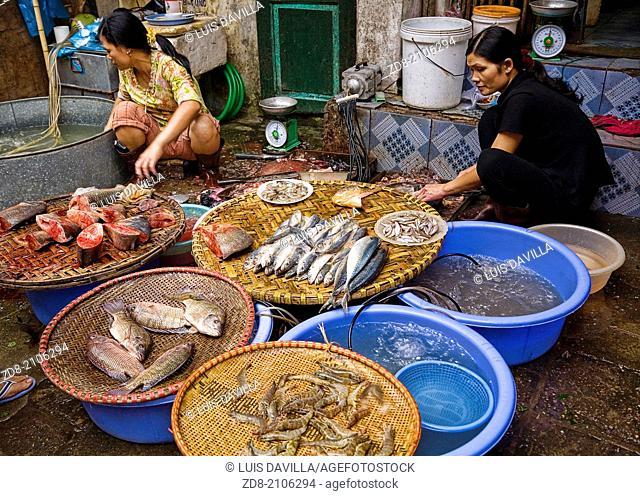 Gia Ngu market. hanoi