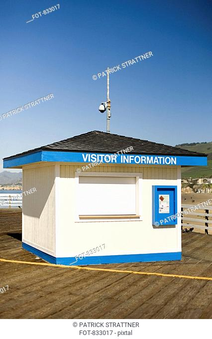 A VISITOR INFORMATION hut on a pier, Pismo Beach, California, USA
