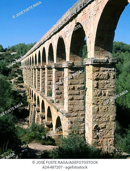 Les Ferreres aqueduct near Tarragona. Catalonia, Spain