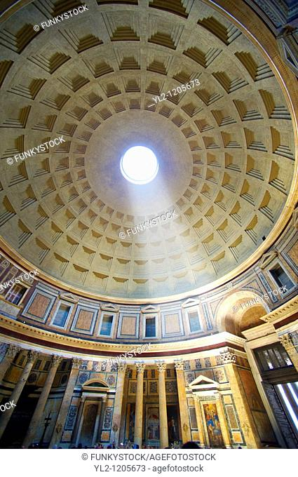 Pantheon  the 2nd century Roman temple to all Roman Gods built by the Emperor Trajan  Now the Roman Catholic church of St  Mary and the Martyrs  Rome