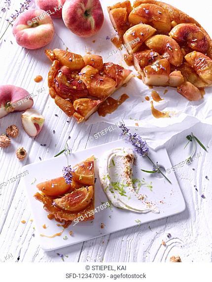 Peach tart tartin