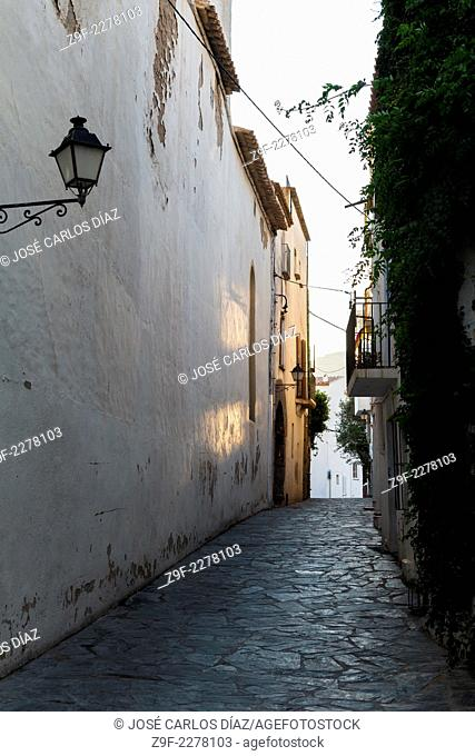 Street and lamppost in Cadaques