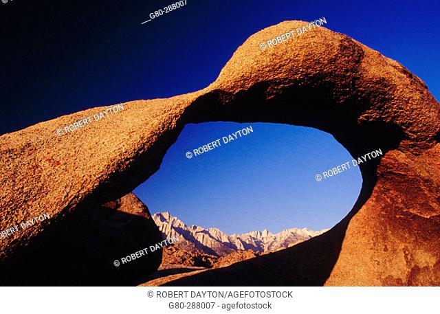 Arch. Alabama Hills. California. USA