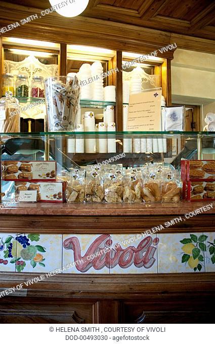ITALY, Tuscany, Florence, Vivoli, famous ice cream parlour, gelato