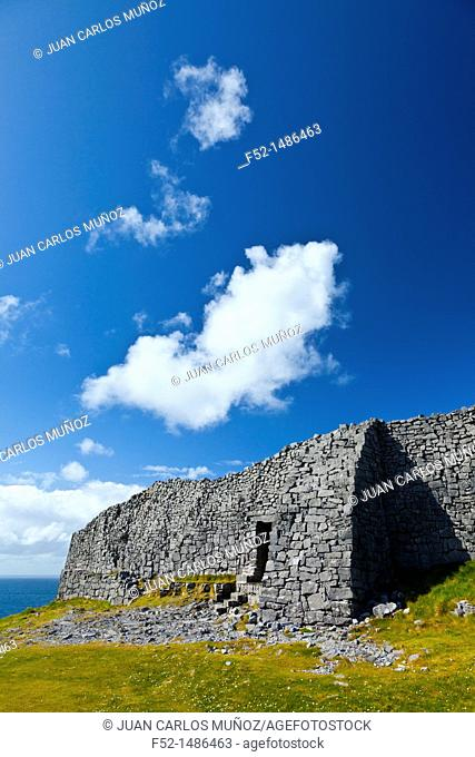 Dún Aonghasa - Fort of Aongus  Inishmore Island, Aran Islands, Galway County, West Ireland, Europe