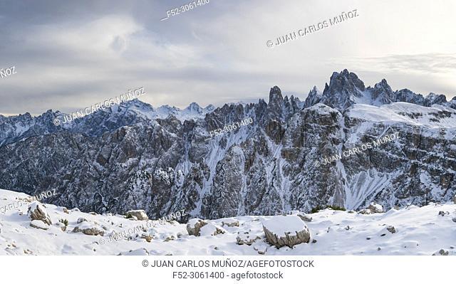 Landscape from the path to the Tre Cime di Lavaredo, Dolomites, Unesco World Heritage Site, Italy, Europe