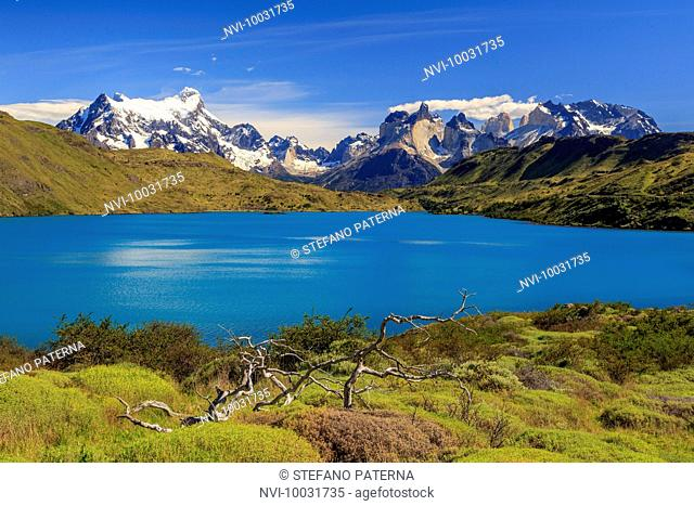 Lago Pehoe, Torres del Paine National Park, Patagonia, Chile