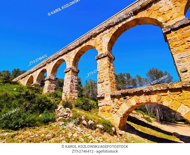 Spain, Catalonia, Tarragona, View of the Les Ferreres Aqueduct.