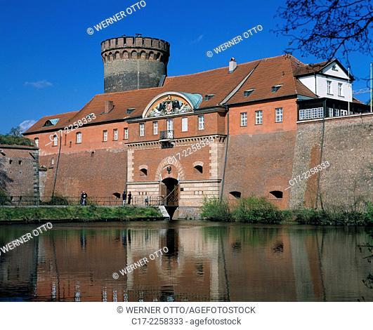 Germany, Berlin, Spree, Capital of Germany, Berlin-Haselhorst, Spandau Citadel, fortress, renaissance, gate house and Julius Tower