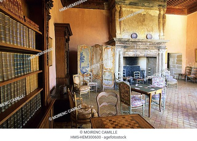 France, Vaucluse, Luberon, Lourmarin, labelled Les Plus Beaux Villages de France the most beautiful villages of France, castle from the 15th and 16th centuries