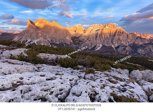 Europe, Italy, Veneto, Belluno. Civetta and Moizza mountains, Dolomites