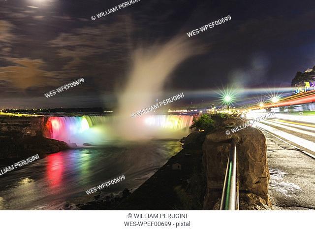Canada, Ontario, Niagara Falls at night
