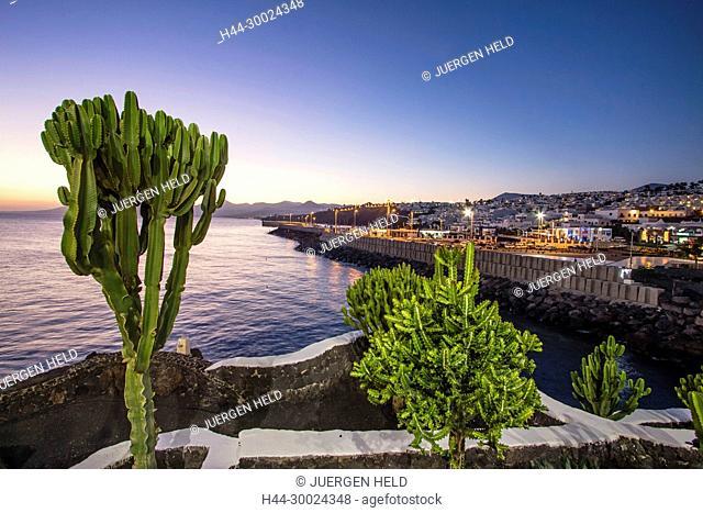 Puerto del Carmen, Promenade at twilight, Lanzarote, Canary Islands, Spain