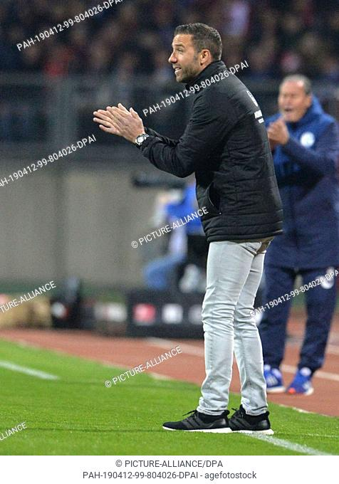 12 April 2019, Bavaria, Nürnberg: Soccer: Bundesliga, 1st FC Nuremberg - FC Schalke 04, 29th matchday in Max Morlock Stadium