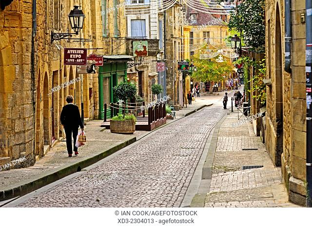 Rue Fenelon, Sarlat-la-Caneda, Dordogne Department, Aquitaine, France