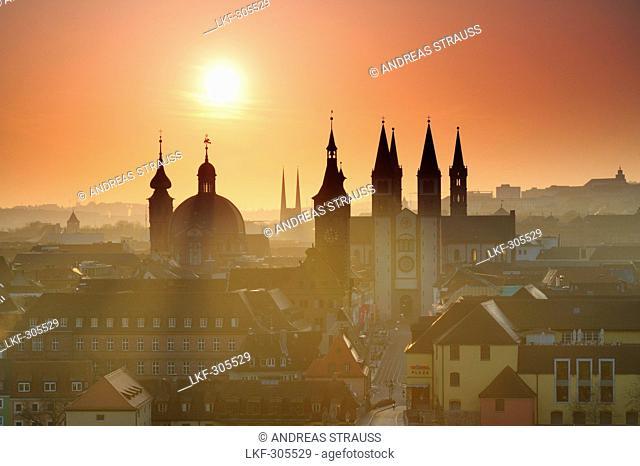 Old city of Wuerzburg at sunrise, Wuerzburg, Bavaria, Germany