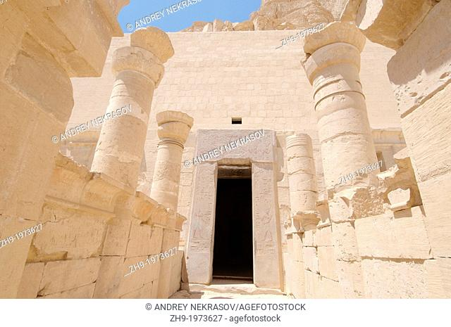 Entrance to the sanctuary, Hatshepsut's temple, the focal point of the complex, Luxor (Thebes), Egypt, Africa
