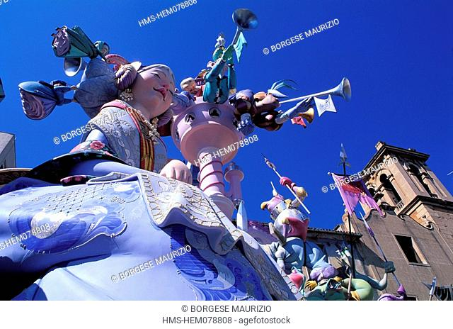 Spain, Valencia, Las Fallas dummies stake, Falla on Plaza del Pilar