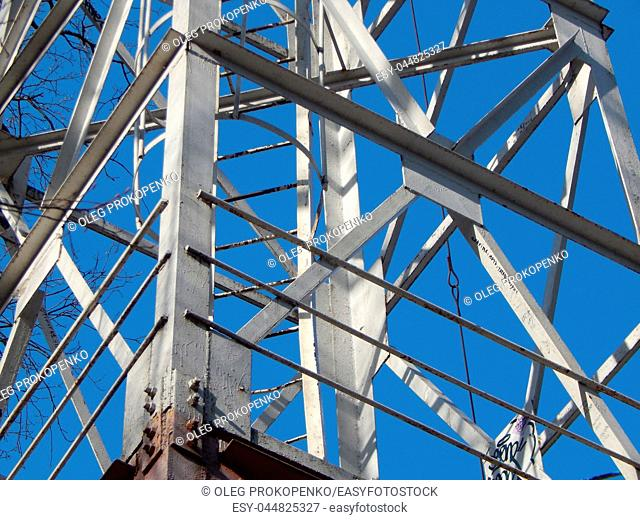 The design of the fire tower of the metal tower