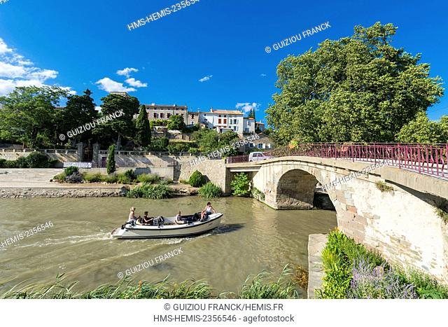 France, Aude, Ventenac en Minervois, on the banks of Canal du Midi listed as World Heritage by UNESCO