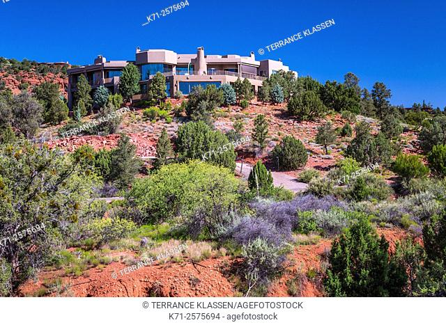 A desert home in the red rocks of Sedona, Arizona, USA