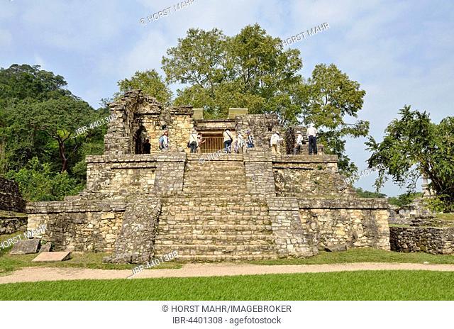 Tourist group on Templo XIV, Mayan ruins of Palenque, Chiapas, Mexico