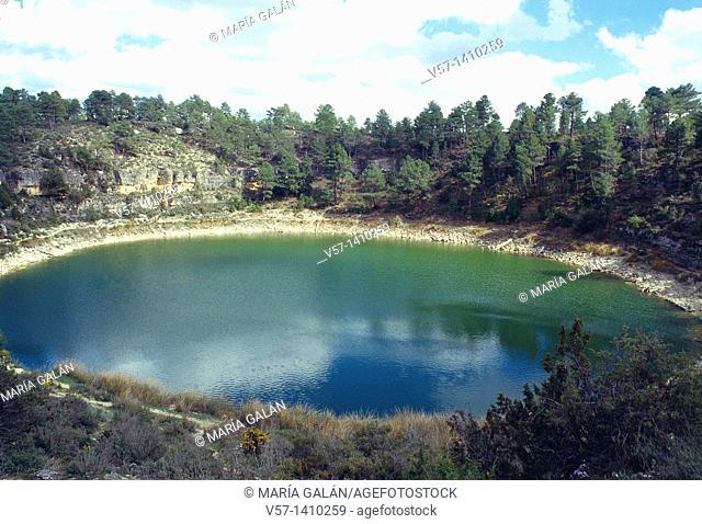 Circular lake. Cañada del Hoyo, Cuenca province, Castilla La Mancha, Spain